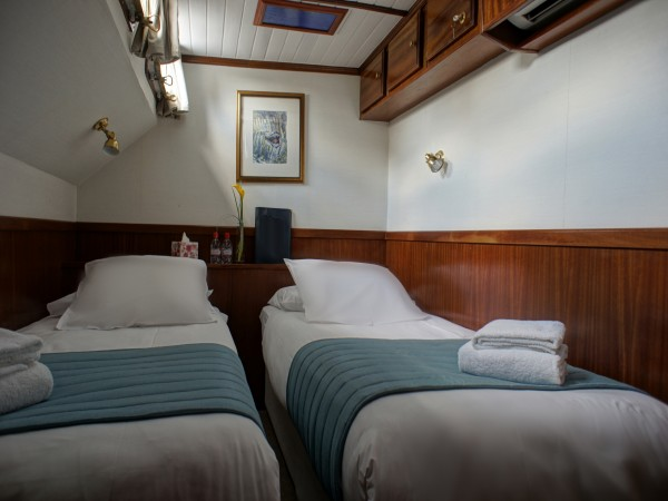 Each of the Anjodi's 4 cabins can be configured with twin or double beds