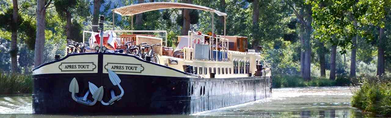 BargesInFrance.com: The 6-passenger deluxe barge Apres Tout, cruises in France on the Burgundy Canal
