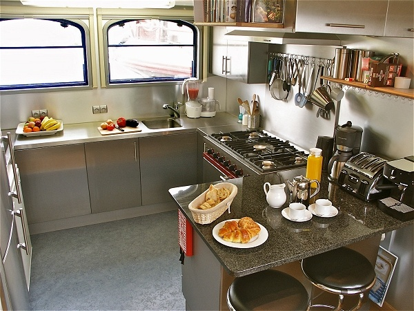 The beautiful galley aboard the Apres Tout