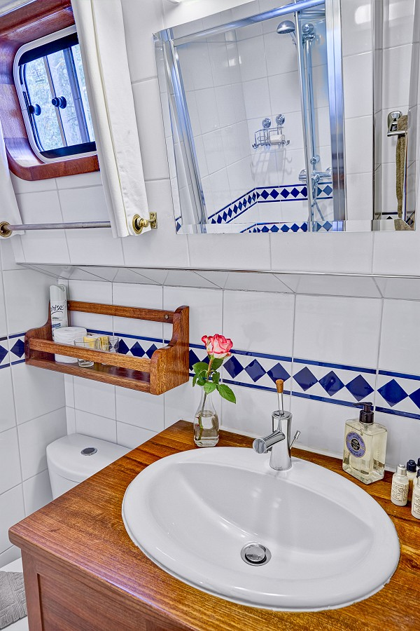 Each cabin aboard the Athos has its own ensuite bathroom