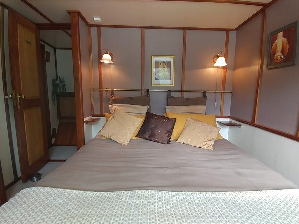 One of the lovely guest cabins on the 6 passenger barge Clair de Lune.