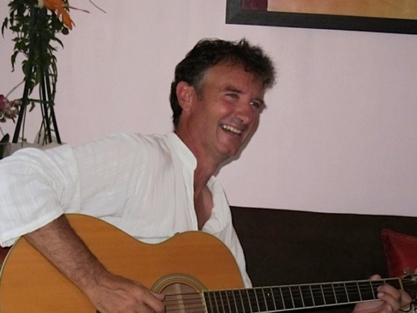Captain Yves is also a talented musician and enjoys a song or two with his guests on the Clair de Lune