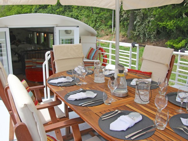 Lunch alfresco aboard Enchante's sundeck on the Canal du Midi