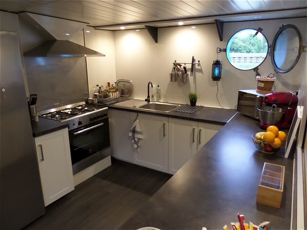 The galley of the deluxe barge Magnolia.