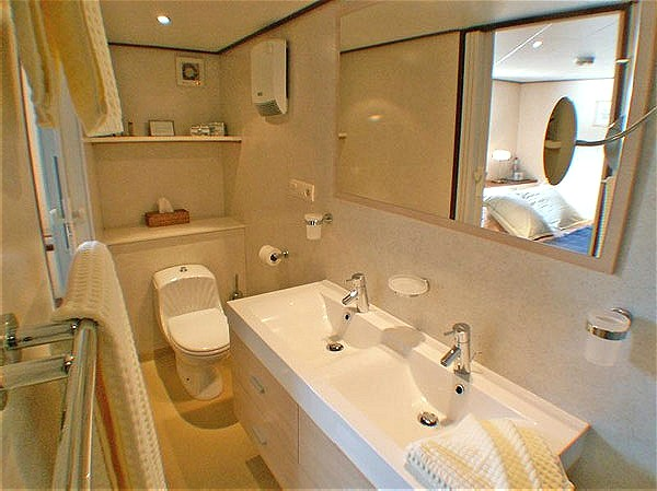 Each cabin aboard Panache has its own ensuite bathroom