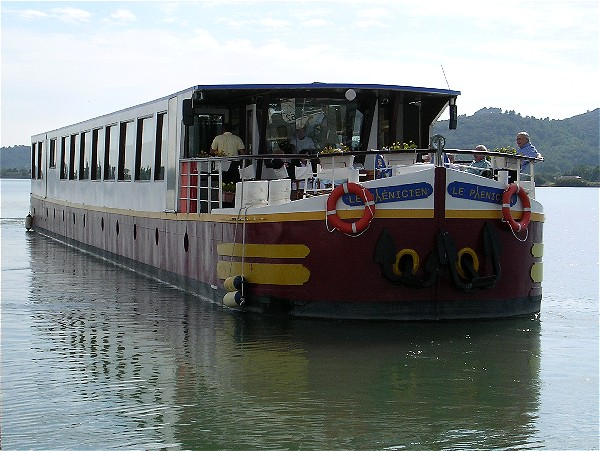 The Deluxe 18-passenger hotel barge Le Phenicien