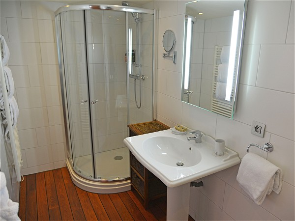 Each cabin aboard La Renaissance has its own large ensuite bathroom
