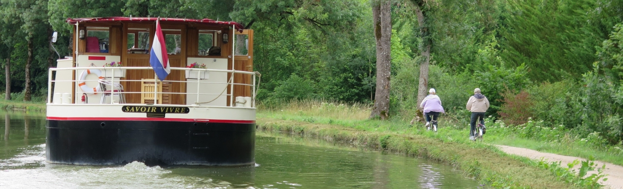 Barge Cruises In France and Europe: Photo Gallery for Barge Savoir Vivre