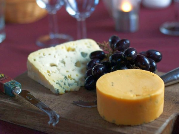 Enjoy the local cheeses on board the Scottish Highlander