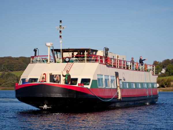 The Deluxe 10-passenger hotel barge Shannon Princess II