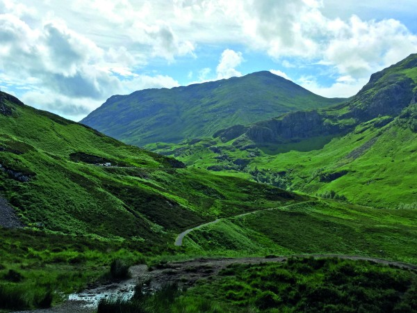 Passengers take in the magnificent views  of Glencoe,<br> renowned for its geographical beauty