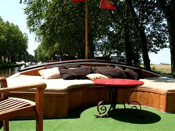 The sunny lounge area on the sundeck aboard the Tango